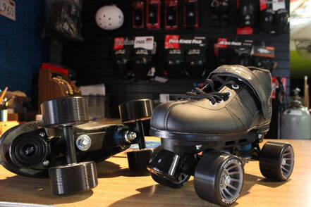 Black Mag Wheel Roller Skates for sale | thespotskatingrink.com