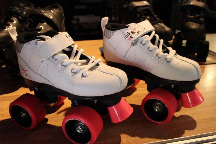 White Roller Skates for sale | thespotskatingrink.com